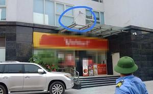 Hà Nội: Bé trai ở nhà một mình bị ngã từ tầng 11 xuống đất