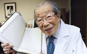 """Bí quyết trường thọ của bác sĩ Nhật 106 tuổi: Giữ """"khí"""" giúp chúng ta khỏe mạnh"""