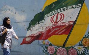 """40 năm Nhà nước Hồi giáo Iran: Nỗi cay đắng của Mỹ và """"ngòi nổ"""" thế giới Hồi giáo"""