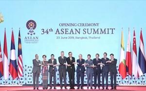 Học giả Malaysia: Sóng ngầm mạnh mẽ, các nước ASEAN không cam chịu về Biển Đông