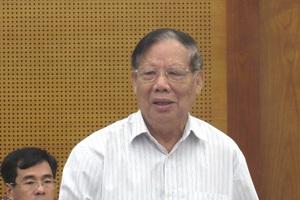Ông Bộ trưởng NN&PTNT rơi nước mắt khi người bán rau hất gánh rau xuống đường