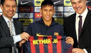 Barcelona tiết lộ phí chuyển nhượng rẻ đến vô lý của Neymar