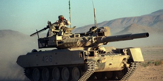 Kinh ngạc khi xem vũ khí Mỹ đóng giả vũ khí Nga