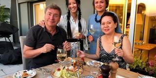 Cuộc sống bình yên, vui vẻ của Hồng Nhung cùng hai con sau khi ly hôn
