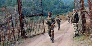 Ấn Độ chi hơn nửa tỷ đô, mua súng bảo vệ biên giới
