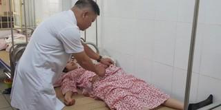 Kinh hoàng hút 6 lít mủ trong ổ bụng bệnh nhân do nhiễm khuẩn sau sinh