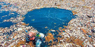 Đống rác to nhất thế giới nằm ở đây và bạn sẽ phải ngạc nhiên về kích cỡ của nó