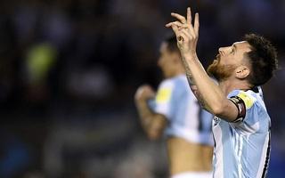 Messi lập công, Argentina nhọc nhằn thoát khỏi vị trí nguy hiểm