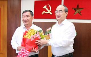 Ông Trần Văn Thuận thay ông Nguyễn Hoài Nam giữ chức Bí thư Quận ủy quận 2