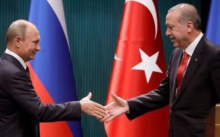 Chớp thời cơ Mỹ-Thổ rạn nứt, Nga liền 'vươn dài tay', mở tuyến phà Crimea-Thổ Nhĩ Kỳ
