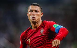 Phát cuồng vì Ronaldo, PSG đưa ra lời đề nghị khó cưỡng tới Chủ tịch Perez