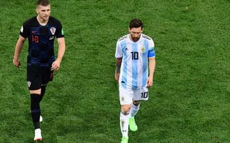 """Kẻ """"hạ sát"""" Argentina: Tôi quá thất vọng với Messi, không còn muốn đổi áo với anh ta nữa"""