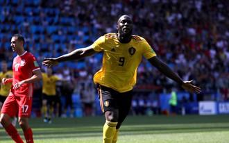 Lukaku 2 lần phá lưới Tunisia, ĐT Bỉ vẫn không giấu được điểm yếu chết người