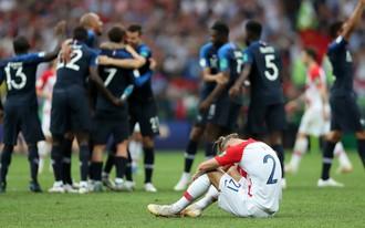 """""""Bùa hộ mệnh"""" của Croatia mất thiêng, bởi Pháp ở một tầm cao khác"""