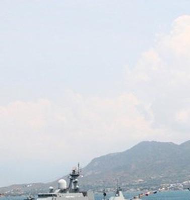 Thú vị trước lời chúc mừng của Đô đốc Malaysia: Hải quân Việt Nam thực sự lớn mạnh!