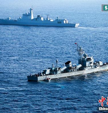 """Chuyên gia TQ: """"Chiến hạm hiện đại ra biển Đông sẽ trấn áp các nước"""""""