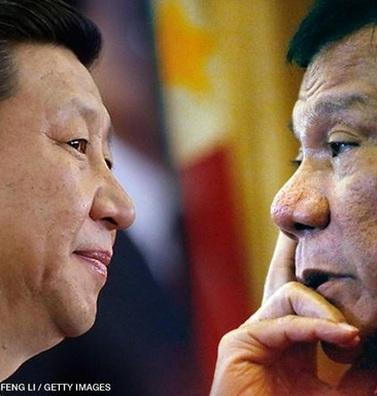 """Hoàn Cầu: Cứ nhẫn nhịn với Duterte thì vấn đề biển Đông sẽ """"đầu xuôi đuôi lọt"""""""