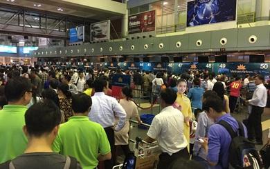Những tà áo thấm đẫm mồ hồi của tiếp viên Vietnam Airlines hôm qua khiến người ta cảm mến
