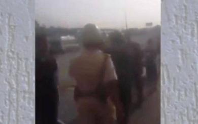 Xôn xao clip CSGT đánh người vi phạm trên đường phố Sài Gòn
