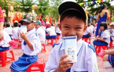 """""""Chi tiêu cho sữa học đường thay cho thuốc lá, rượu bia độc hại"""""""