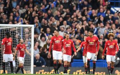 Nhận series đòn kinh hoàng, Mourinho ngã sấp mặt tại Stamford Bridge