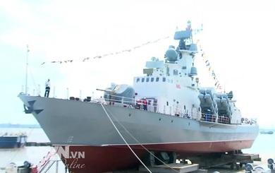 Nghiệm thu hai tàu tên lửa Molniya M5, M6