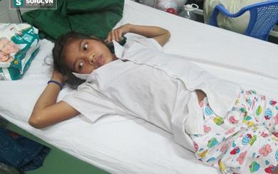 Chuyển huyết thanh từ TP HCM ra Đà Nẵng để cứu bé gái bị rắn cắn