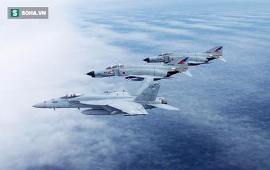 """Lần đầu sau 6 thập kỷ: """"1 chọi 4"""" với máy bay Nhật, Bắc Kinh bị Tokyo áp đảo?"""