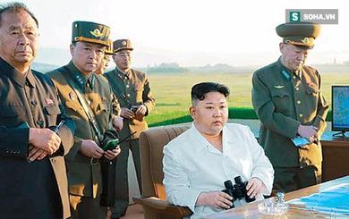 Báo Hàn Quốc: Ông Kim Jong Un thẫn thờ sau khi xem quân đội Triều Tiên phóng tên lửa