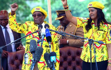 Ông Mugabe chính thức từ chức Tổng thống Zimbabwe, kết thúc 37 năm nắm quyền