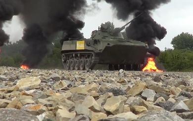 """Quân dù Nga phát triển bất thường: Quả đấm được bọc thép - Chạm đất là """"chiến"""""""