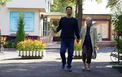 30 năm xa cách và cuộc gặp cảm động giữa người đàn ông Việt với mẹ nuôi người Nga