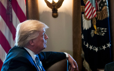 """""""Đứa con riêng bất trị"""" khiến Trump phải hối hận về lời hứa xóa sổ Obamacare"""