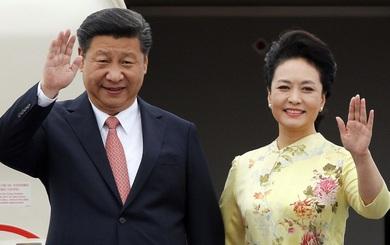 """Sau 20 năm thu hồi Hồng Kông, Bắc Kinh đau đầu vì câu hỏi """"Còn bao nhiêu người Hồng Kông yêu TQ"""""""