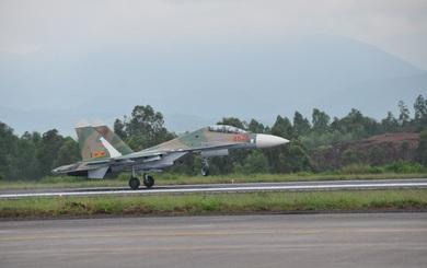 Su-27 chưa nâng cấp vẫn đủ khả năng áp đảo J-10 trong không chiến?