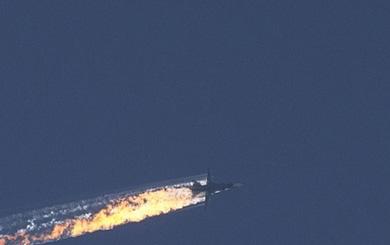 """Mỹ vô cùng táo bạo hay liều lĩnh khi tung """"cựu binh"""" KQ vào cuộc chiến chống Su-35 Nga?"""
