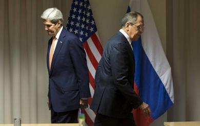 Ngoại trưởng Nga: Đặc vụ Mỹ mang cả xấp tiền bỏ vào ô tô để dụ dỗ quan chức của chúng tôi