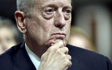 """Cách dùng người """"khác thường"""" của Bộ trưởng Quốc phòng Mỹ khiến phe Cộng hòa bất mãn tột độ"""