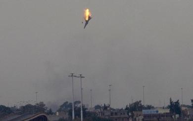 IS điên cuồng phản kích, bắn rơi máy bay chiến đấu của Quân đội Syria ở Deir Ezzor?