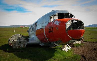 Những chiếc máy bay ma trên đảo Iceland