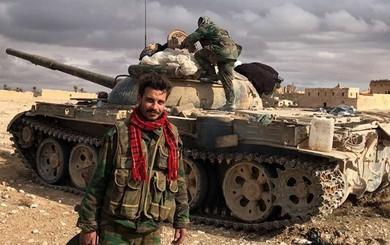 """Trong cơn """"giãy chết"""", IS điên cuồng phản công, diệt cả xe tăng và hàng chục binh sỹ Syria"""