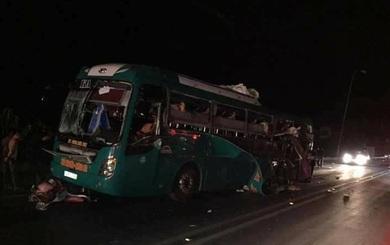 Bắc Ninh: Xe khách giường nằm nổ lớn, 14 người thương vong
