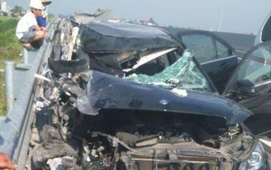 Thêm một người trong ô tô Mercedes tử vong vụ tai nạn trên cao tốc Hà Nội - Hải Phòng