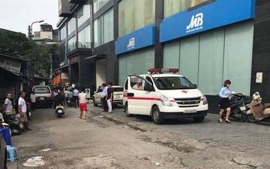 Nam ca sỹ rơi từ tầng 10 toà chung cư xuống đất tử vong ở Hà Nội