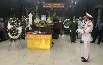 Khóc nghẹn tiễn đưa Thượng sỹ CS PCCC tử vong trong vụ tai nạn trên cao tốc
