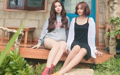 2 cô gái xinh đẹp, hát hay và quyết định táo bạo bị gia đình phản đối