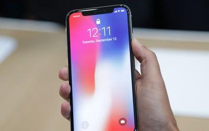 Doanh số bán điện thoại thông minh toàn cầu giảm lần đầu trong 13 năm