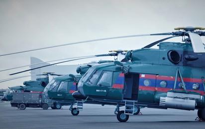 Phóng viên Việt Nam thấy gì ở căn cứ lớn nhất của Không quân Lào?