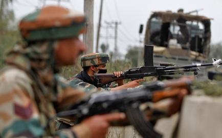 Tướng lĩnh Trung-Ấn gặp mặt xong, Ấn Độ trở về tăng quân lên biên giới