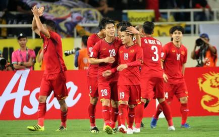 TRỰC TIẾP Malaysia 0-2 Việt Nam: Đức Huy tung cú sút trái phá nhân đôi cách biệt